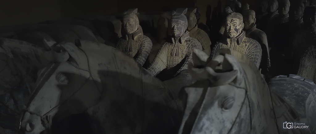 兵马俑 - Soldier-and-horse funerary statues