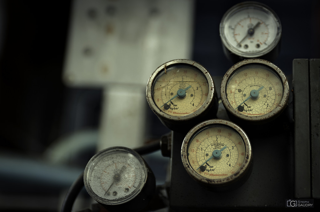Meters cluster