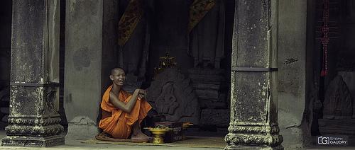 Le sourire du jeune bouddhiste