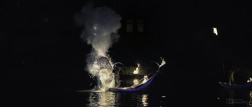 Embrasement  - Metamorphoses - Les fous du bassin