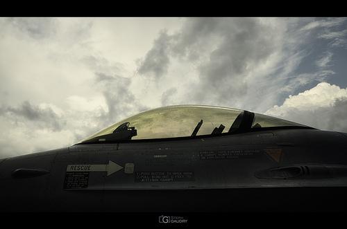 Lockheed Martin F-16AM/BM Fighting Falcon cockpit