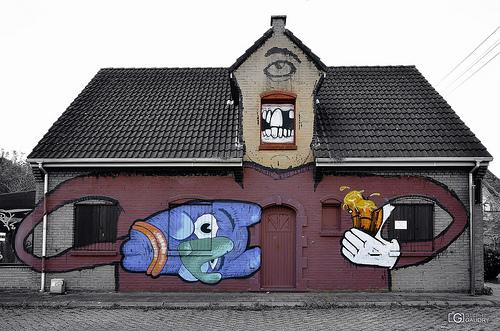 Doel, Monster house