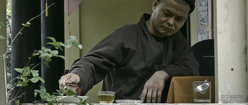 Le rituel du thé à Hué