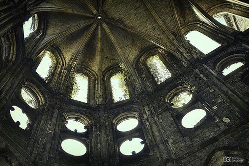 Abbaye de Villers: oculi