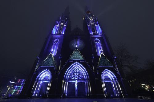 Eindhoven glow 2013 - Cotzen (v2)