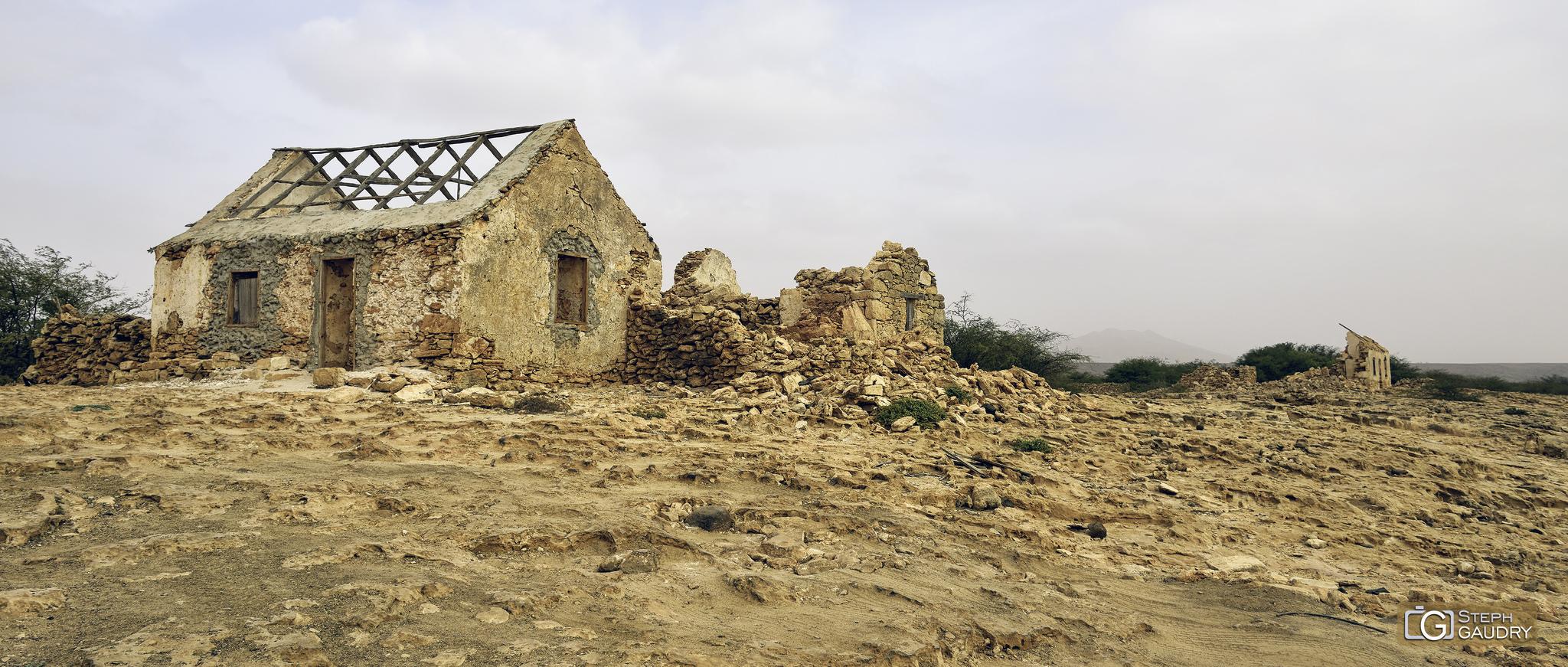 Le village abandonné - Curral Velho [Cliquez pour lancer le diaporama]