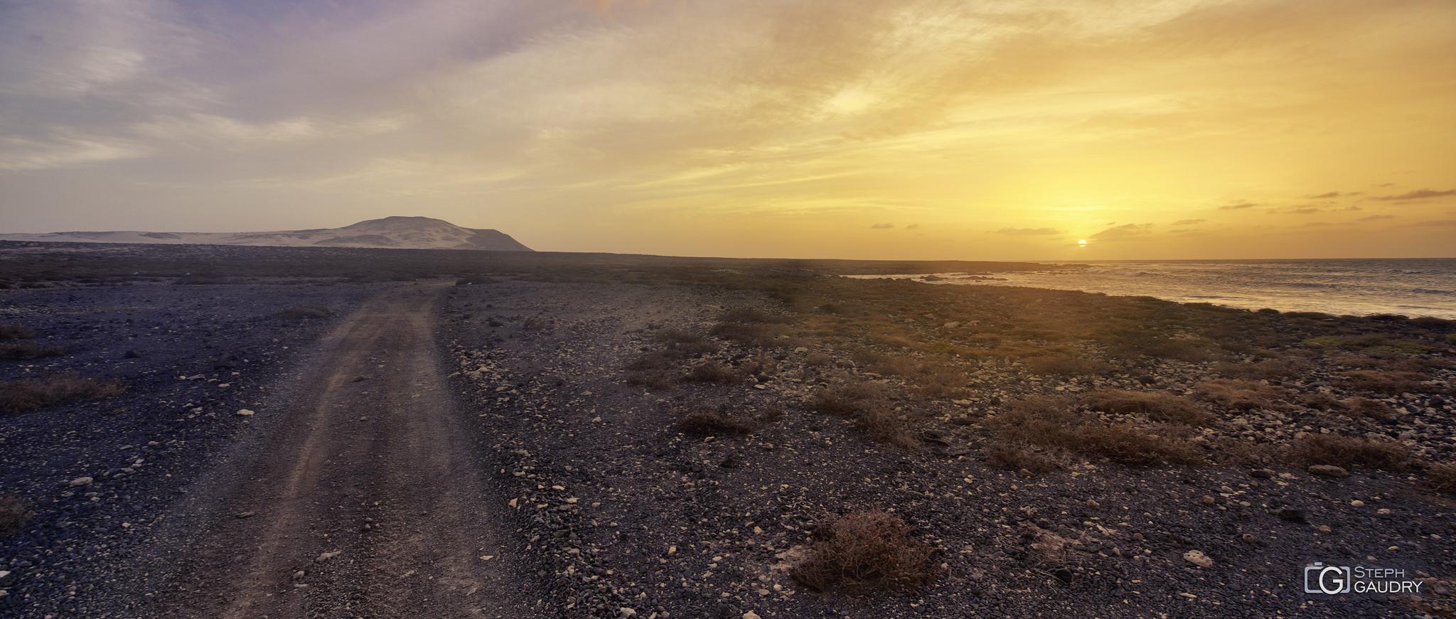 Coucher de soleil sur le Cap Vert - 2018_01_19_211410 [Cliquez pour lancer le diaporama]