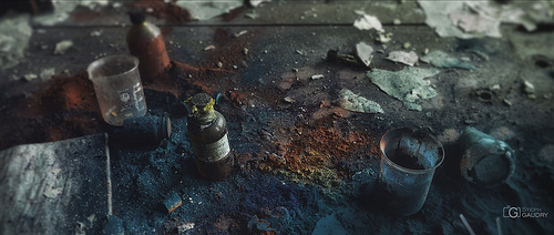 Colors of chemical decay - v1