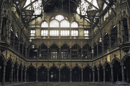 Chambre du commerce, Cathédrale à la gloire des spéculations mercantiles