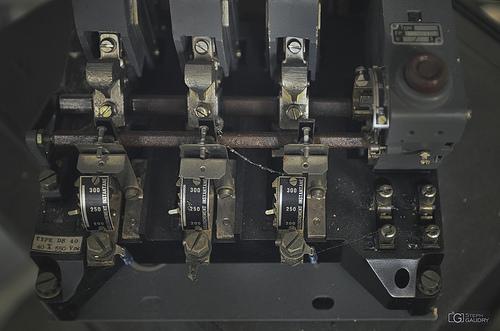 Mystérieuse machine à déclenchement instantané
