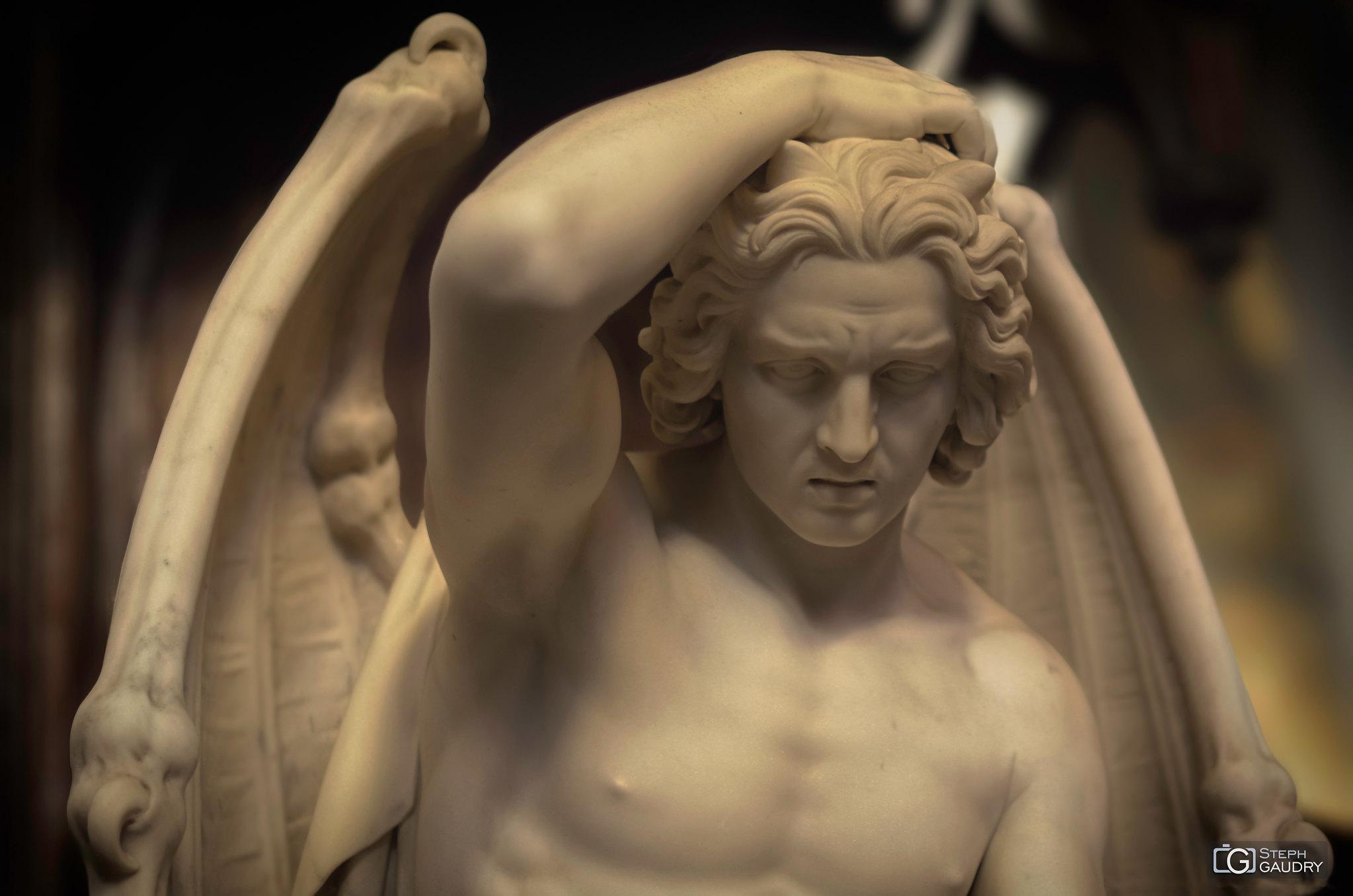 Le plus beau des anges est Lucifer [Cliquez pour lancer le diaporama]