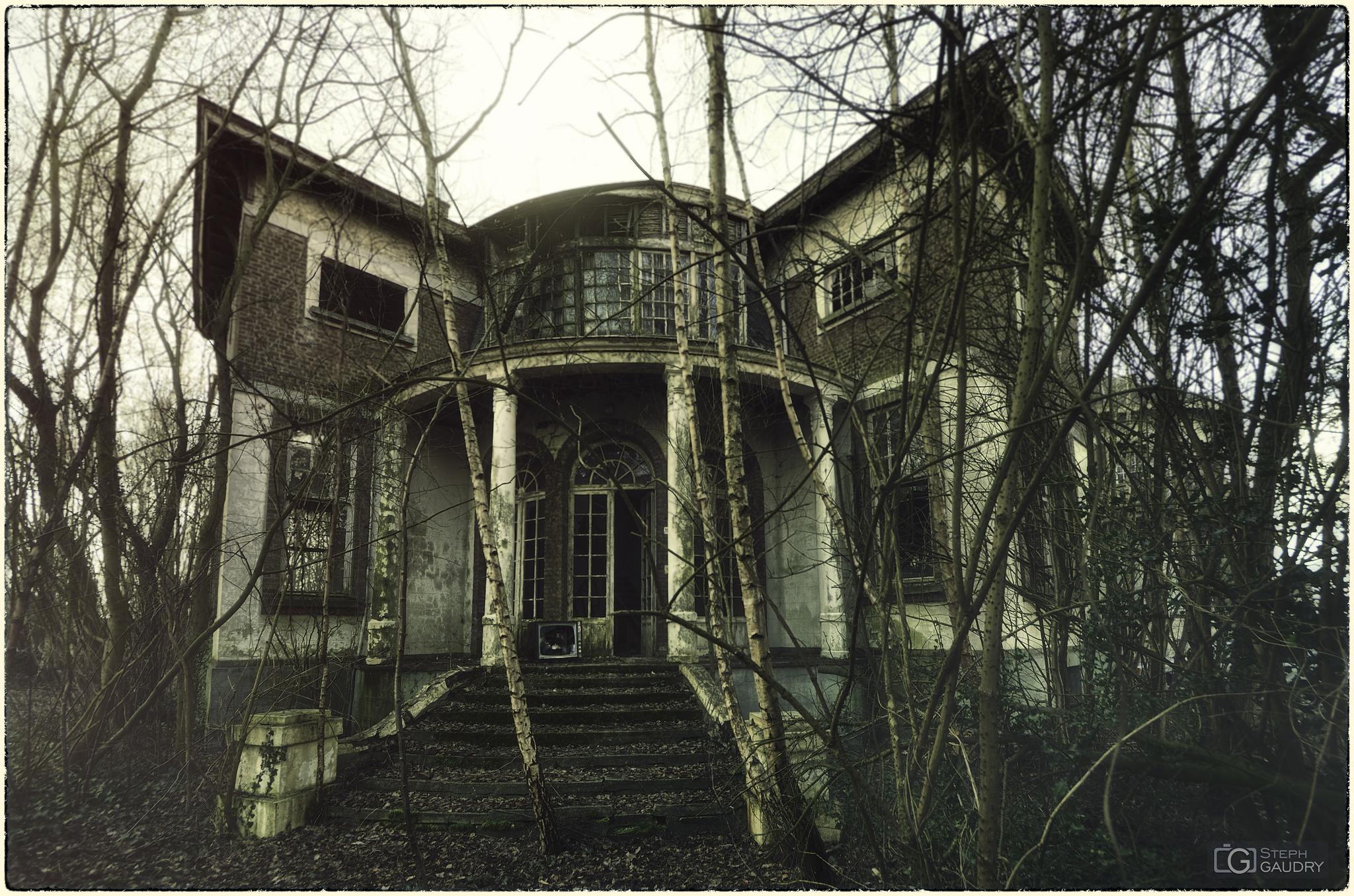 Haunted house - Villa 19 [Klik om de diavoorstelling te starten]