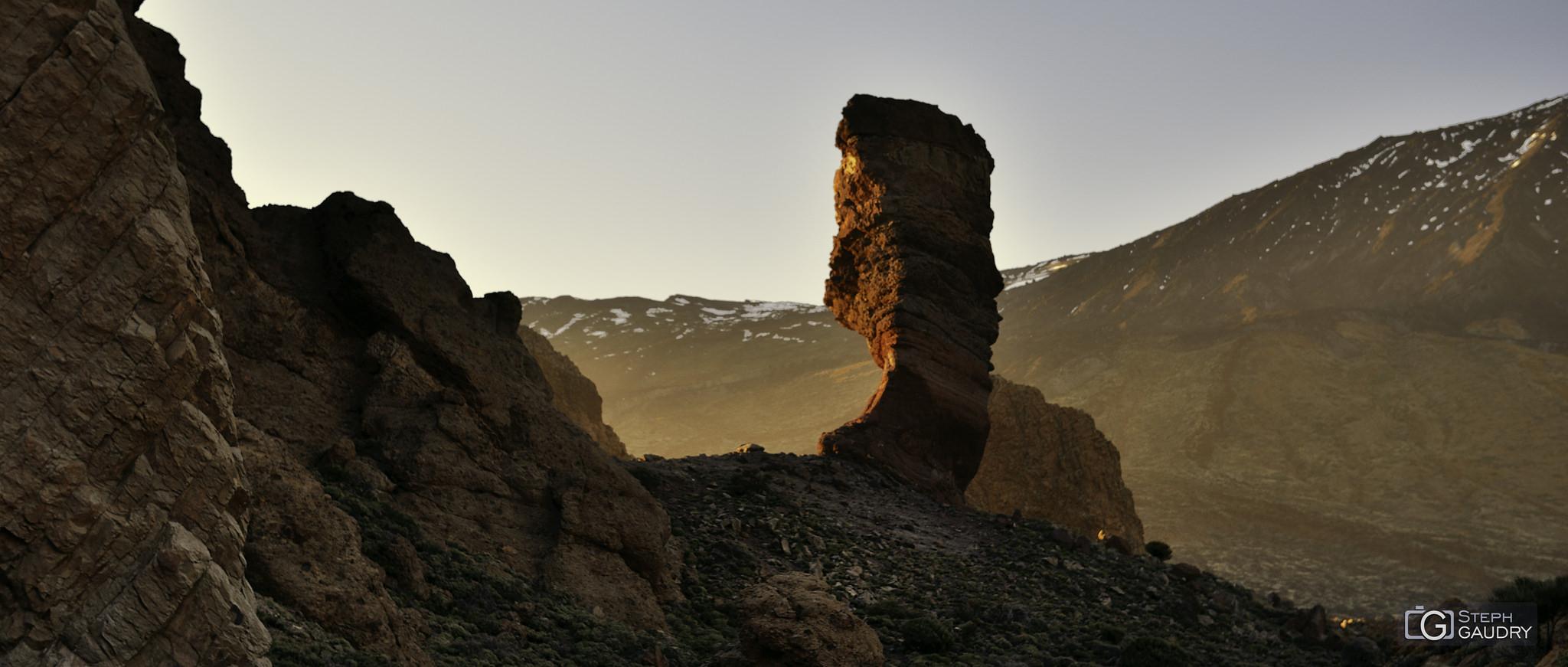 Coucher de soleil sur le Roque Cinchado [Cliquez pour lancer le diaporama]