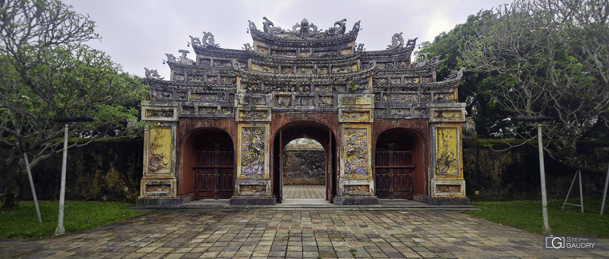 Kinh thành Huế  2018_04_16_164144 [Klik om de diavoorstelling te starten]