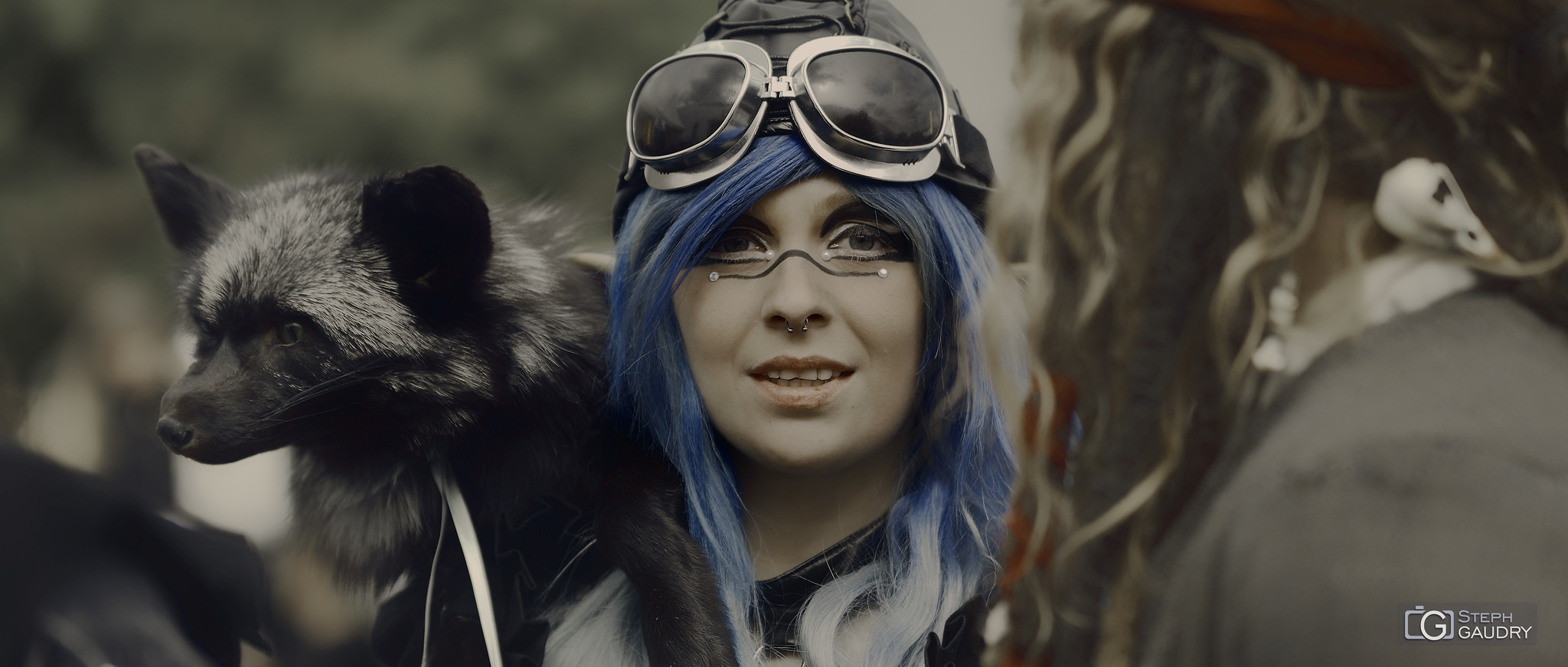Maryline Robert cosplay [Click to start slideshow]