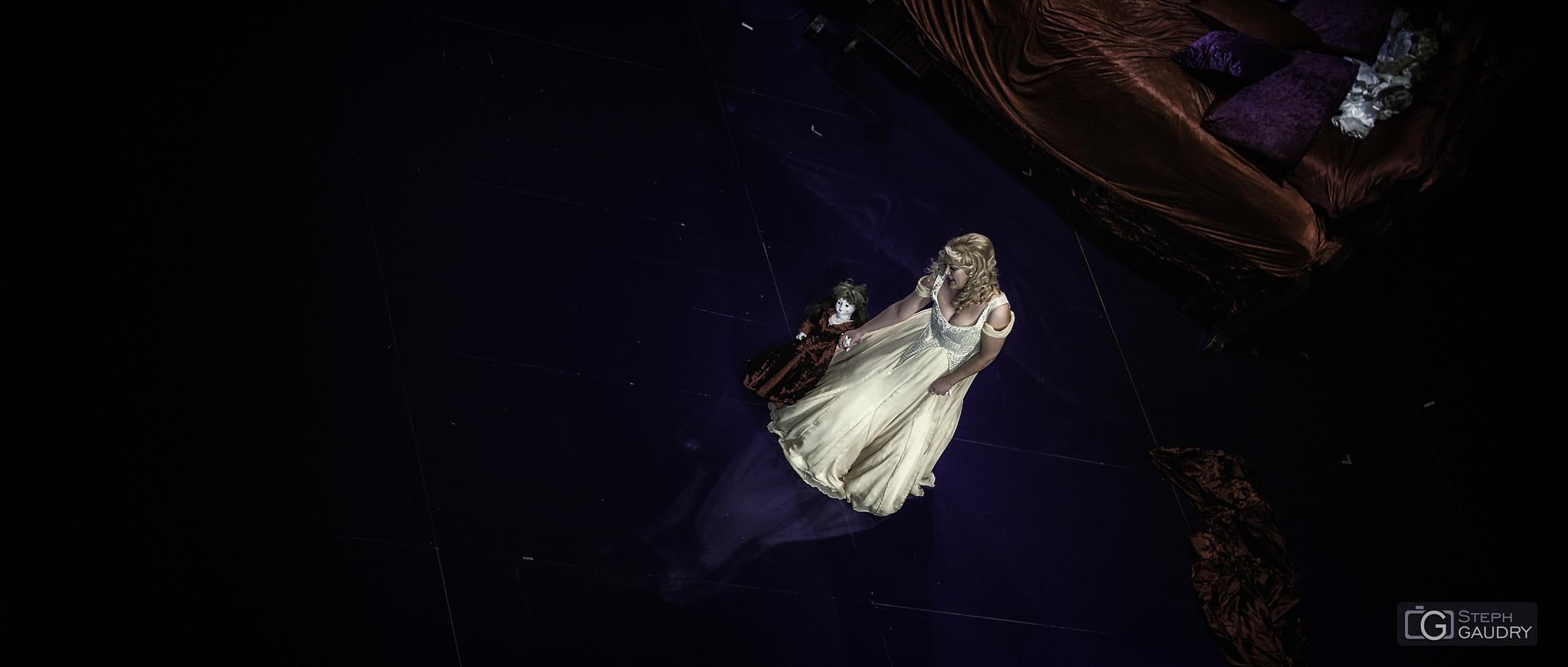 La traviata - Violetta (Mirela Gradinaru) [Click to start slideshow]