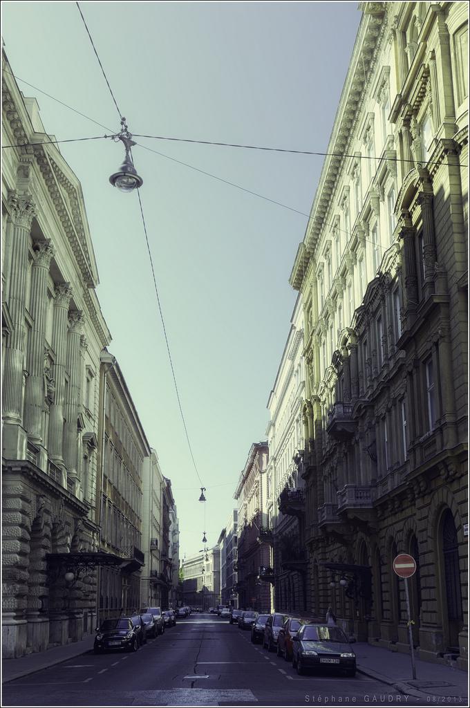 Budapest, Akadémia utca [Cliquez pour lancer le diaporama]