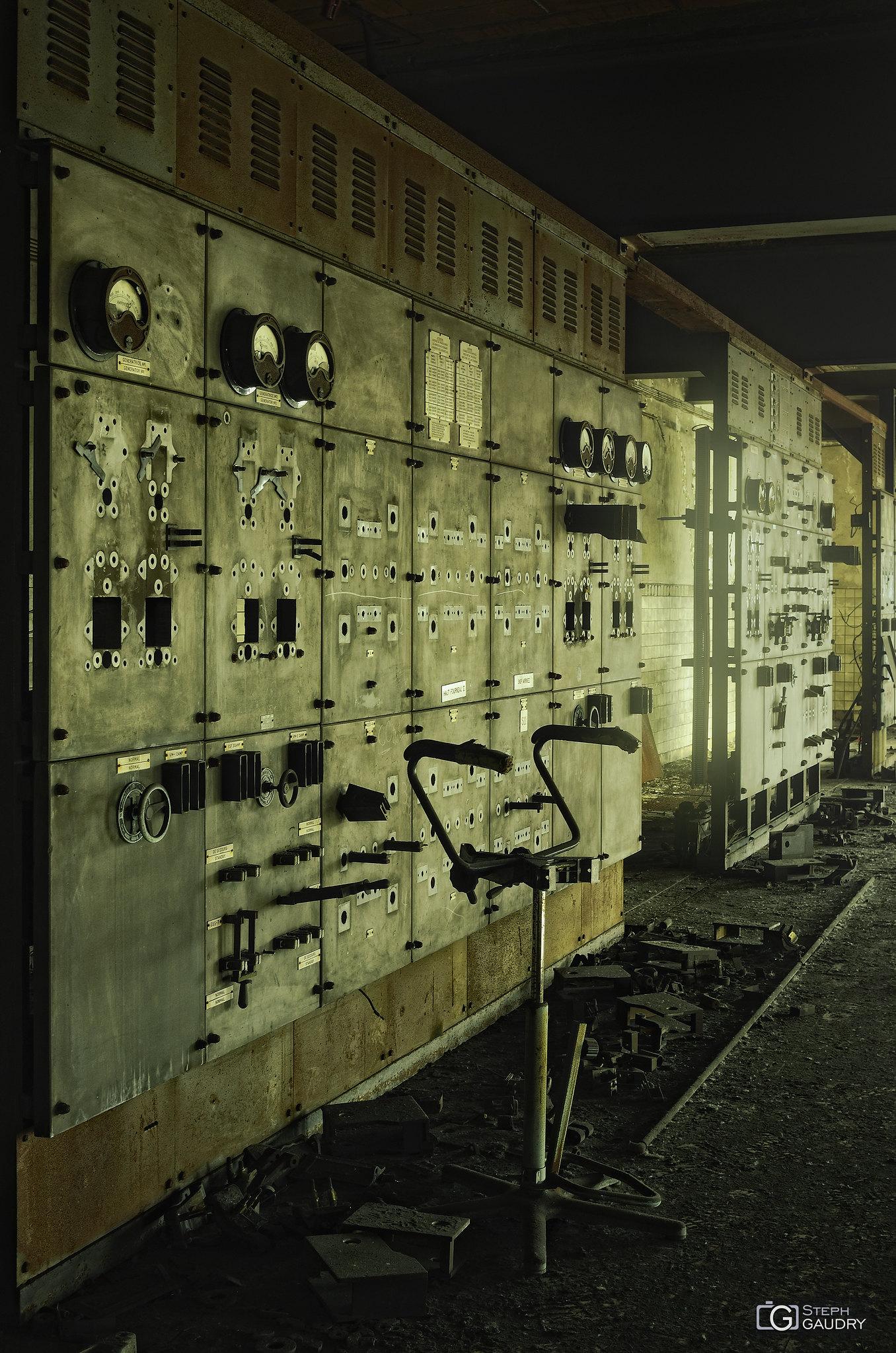 HF Powerstation [Klik om de diavoorstelling te starten]