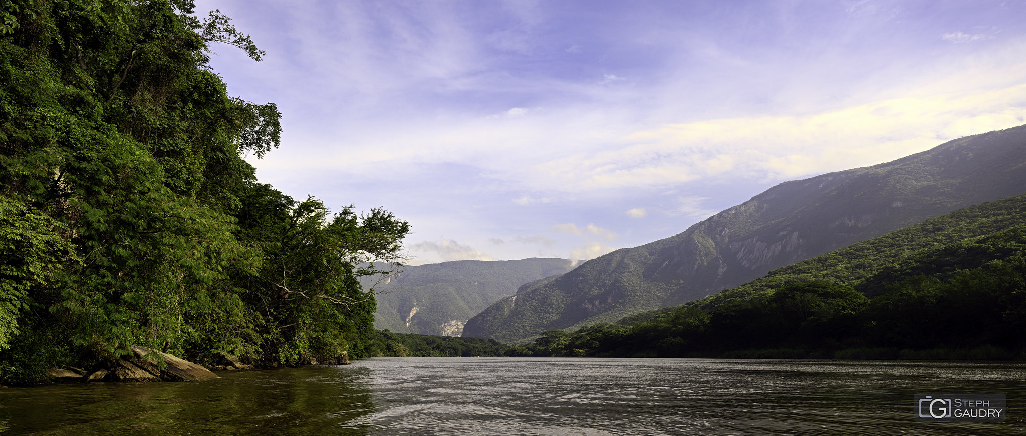 Les rives du Rio Grijalva (MEX) [Klik om de diavoorstelling te starten]