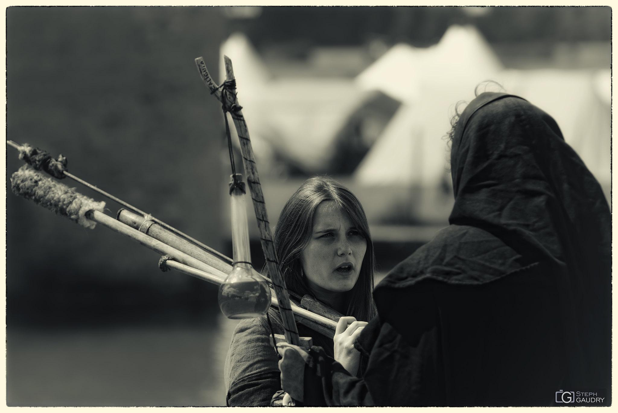 Le nécromancien et la sorcière [Click to start slideshow]