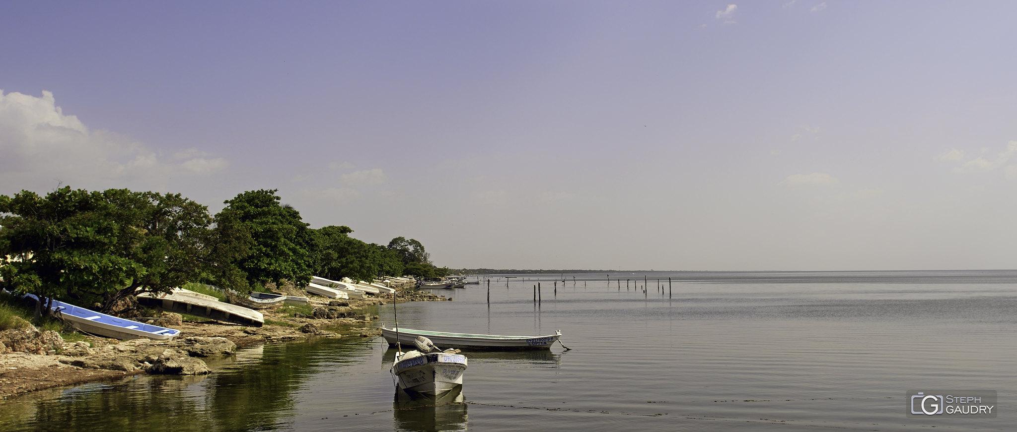 Les barques de Champotón [Click to start slideshow]