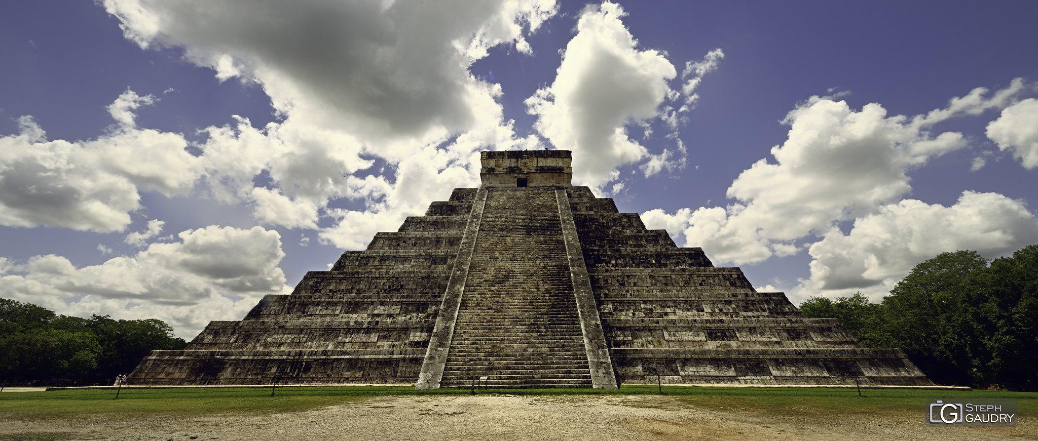 Chichen Itza - El Castillo (pyramide de Kukulcán) [Cliquez pour lancer le diaporama]