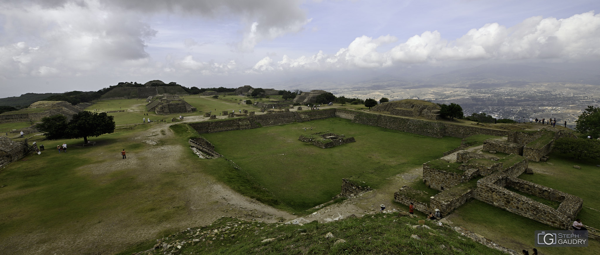 Zone archéologique de Monte Albán (MEX) [Klik om de diavoorstelling te starten]