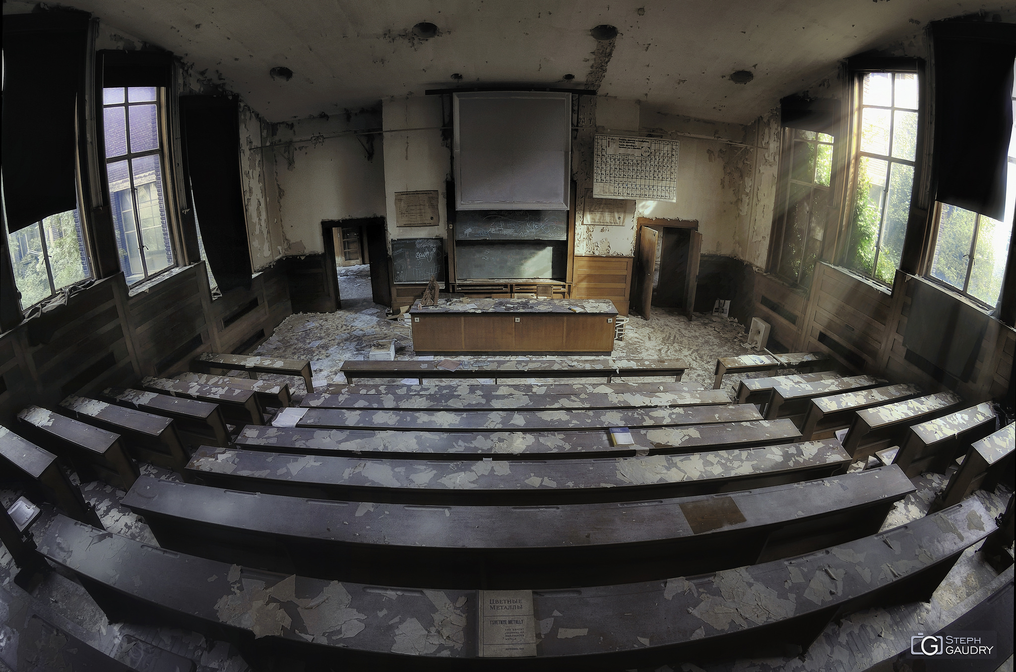Amphithéatre - salle de cours de chimie