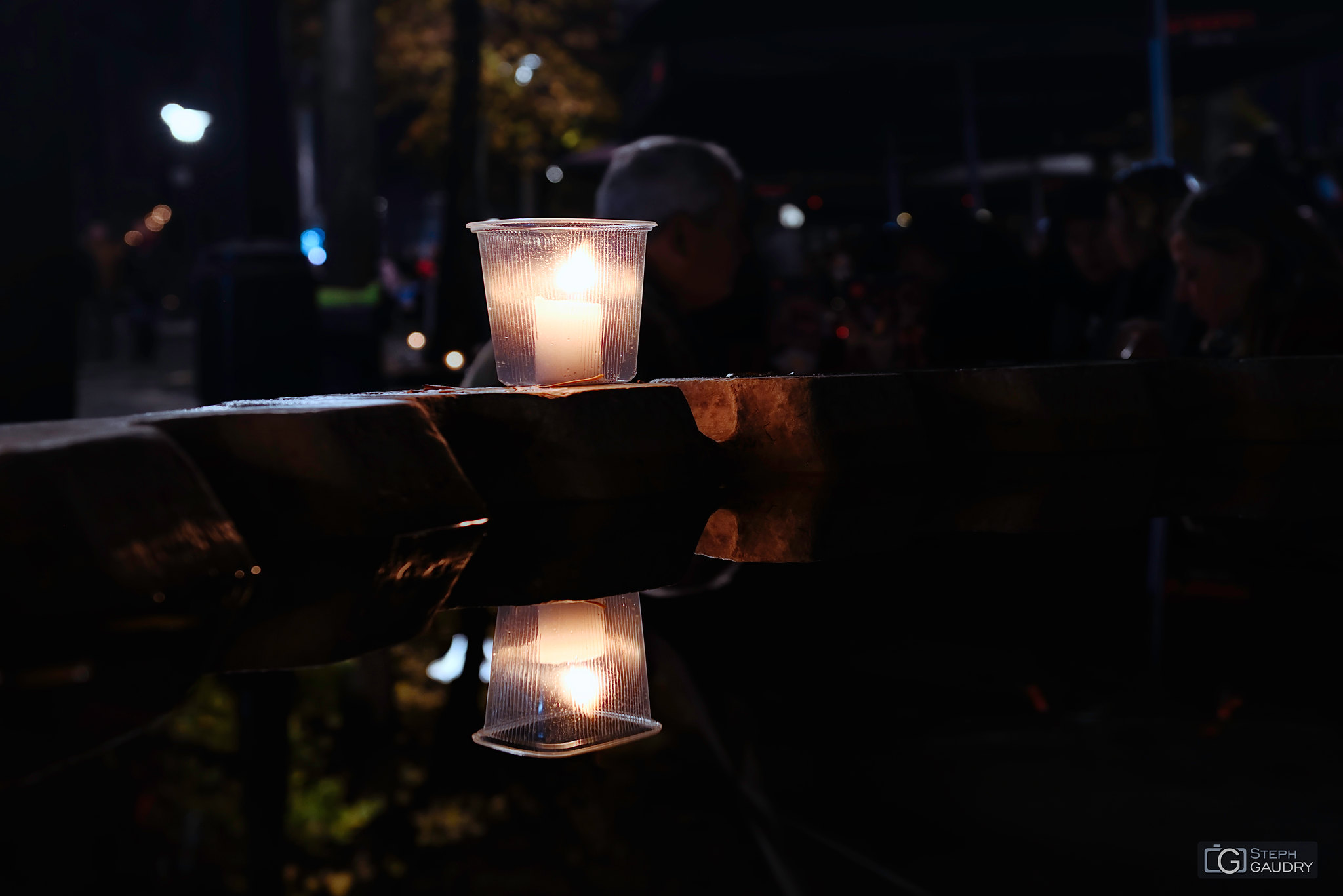 Nocturne des coteaux 2019 - reflets sur le Perron [Klik om de diavoorstelling te starten]