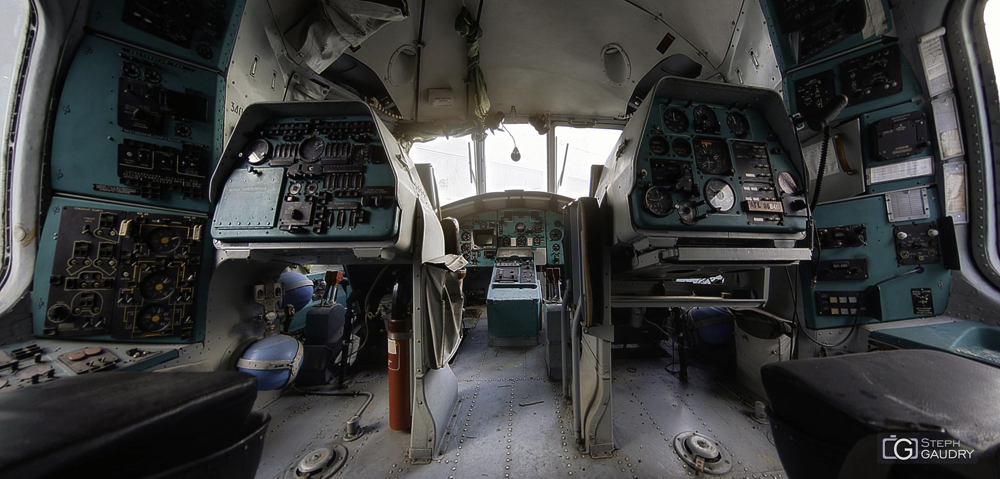 Mi-26T Cockpit [Cliquez pour lancer le diaporama]