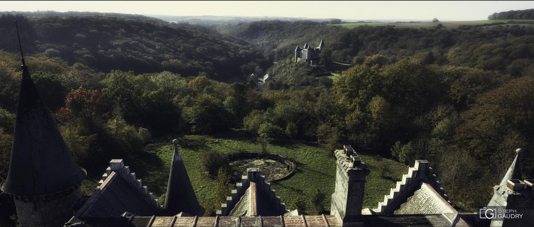 Les deux châteaux [Click to start slideshow]