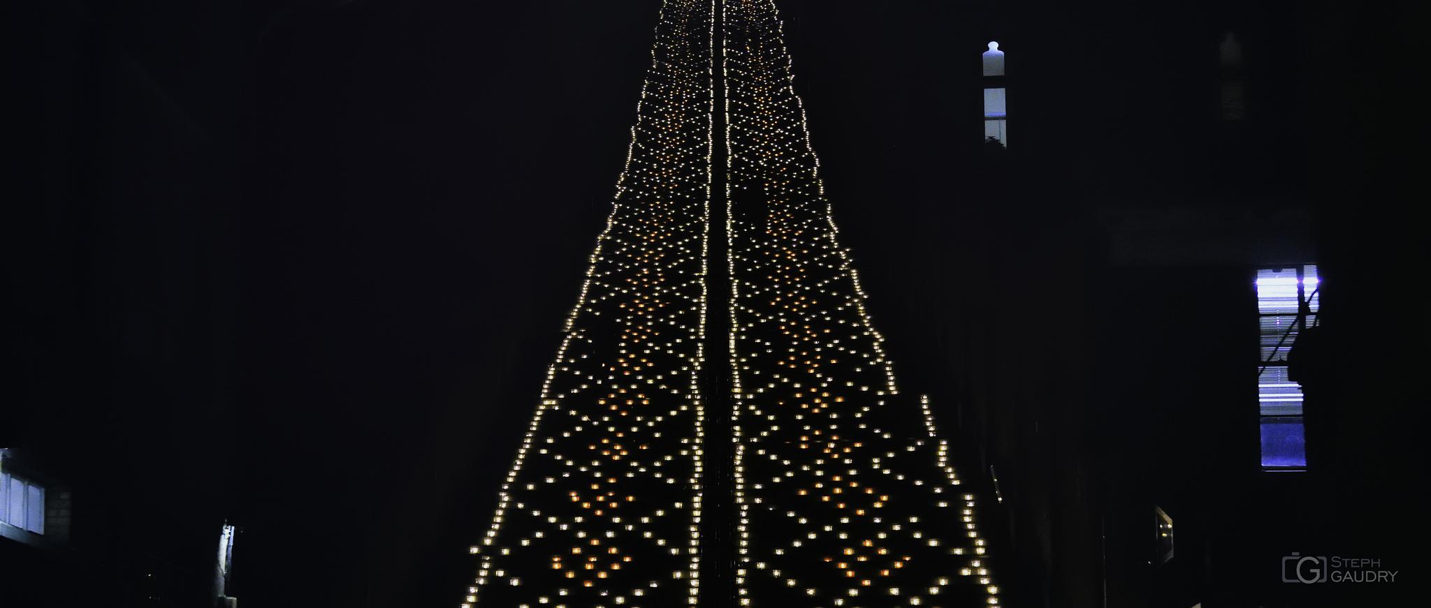 Nocturne des coteaux 2016 - Les bougies des escaliers de Bueren [Click to start slideshow]