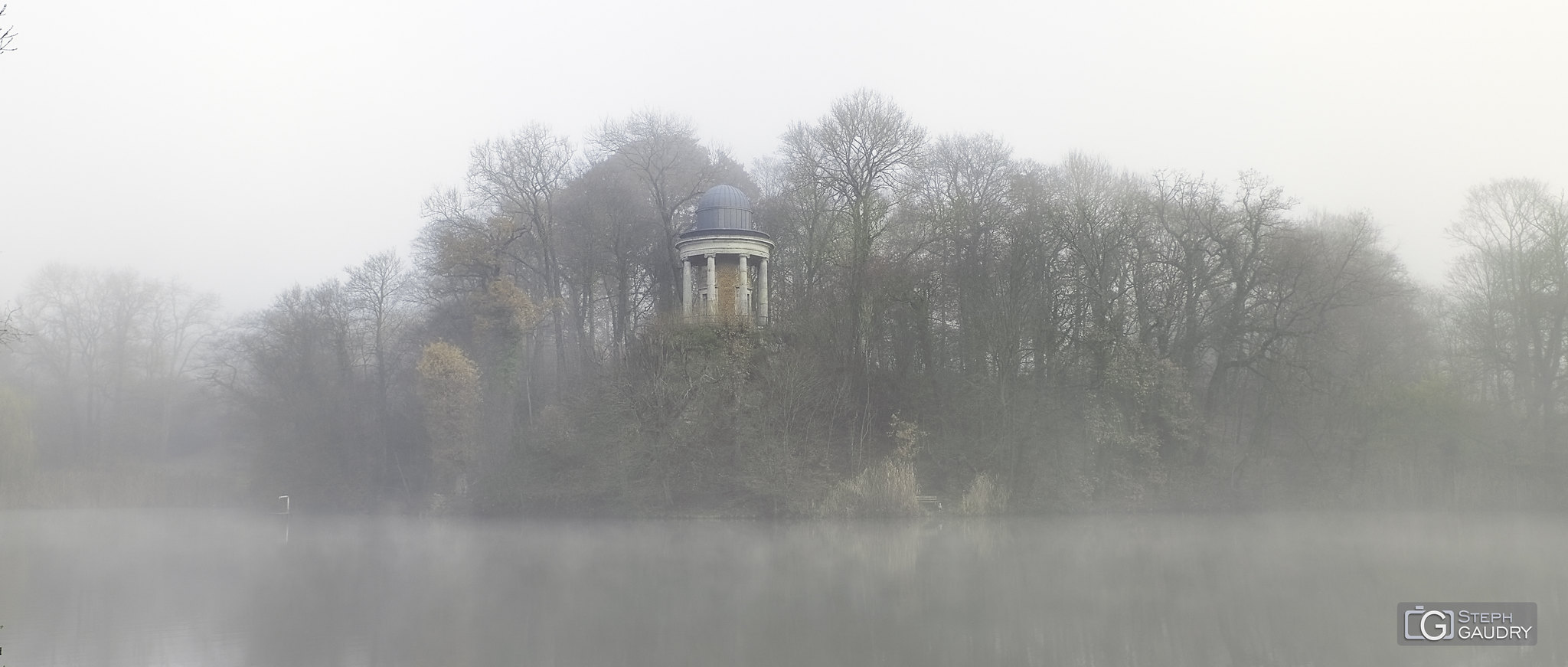 Wégimont dans le brouillard (11/2019) [Klik om de diavoorstelling te starten]