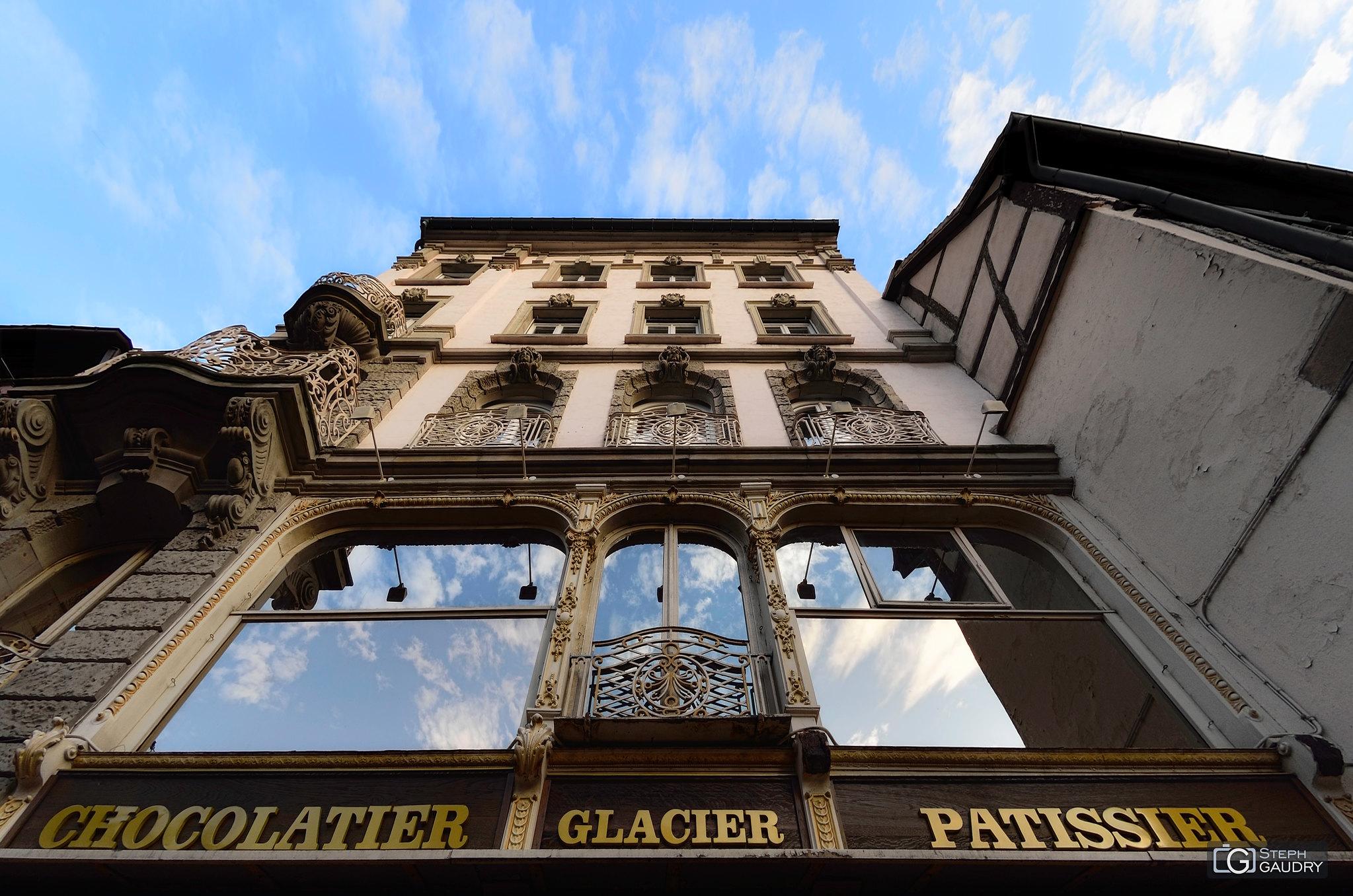 Chocolatier-Glacier-Pâtissier [Click to start slideshow]