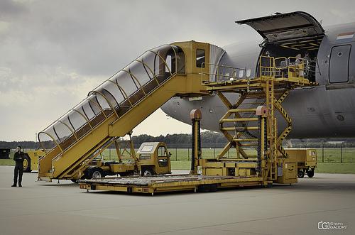 Douglas KDC-10 (Aerial refuelling and passenger/cargo transport)