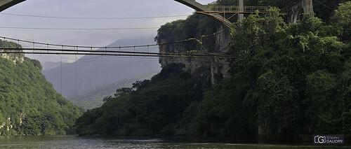 Río Grijalva - le plongeoir des fous