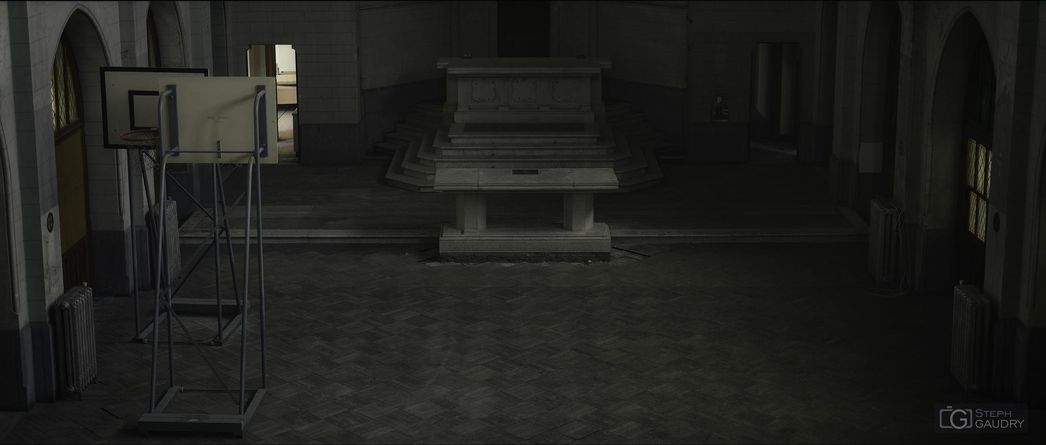 Sacrifiés sur l'autel du sport... [Klik om de diavoorstelling te starten]