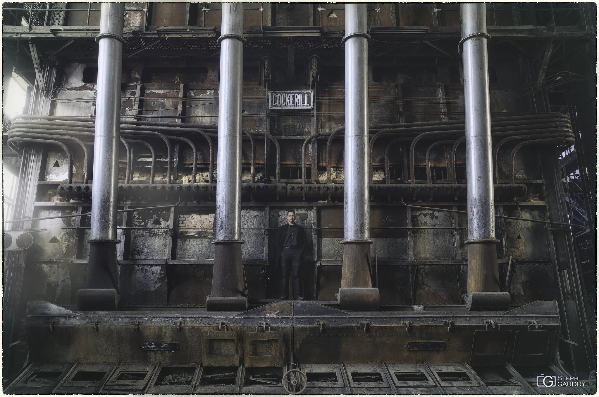 Industrial autoportrait [Klik om de diavoorstelling te starten]