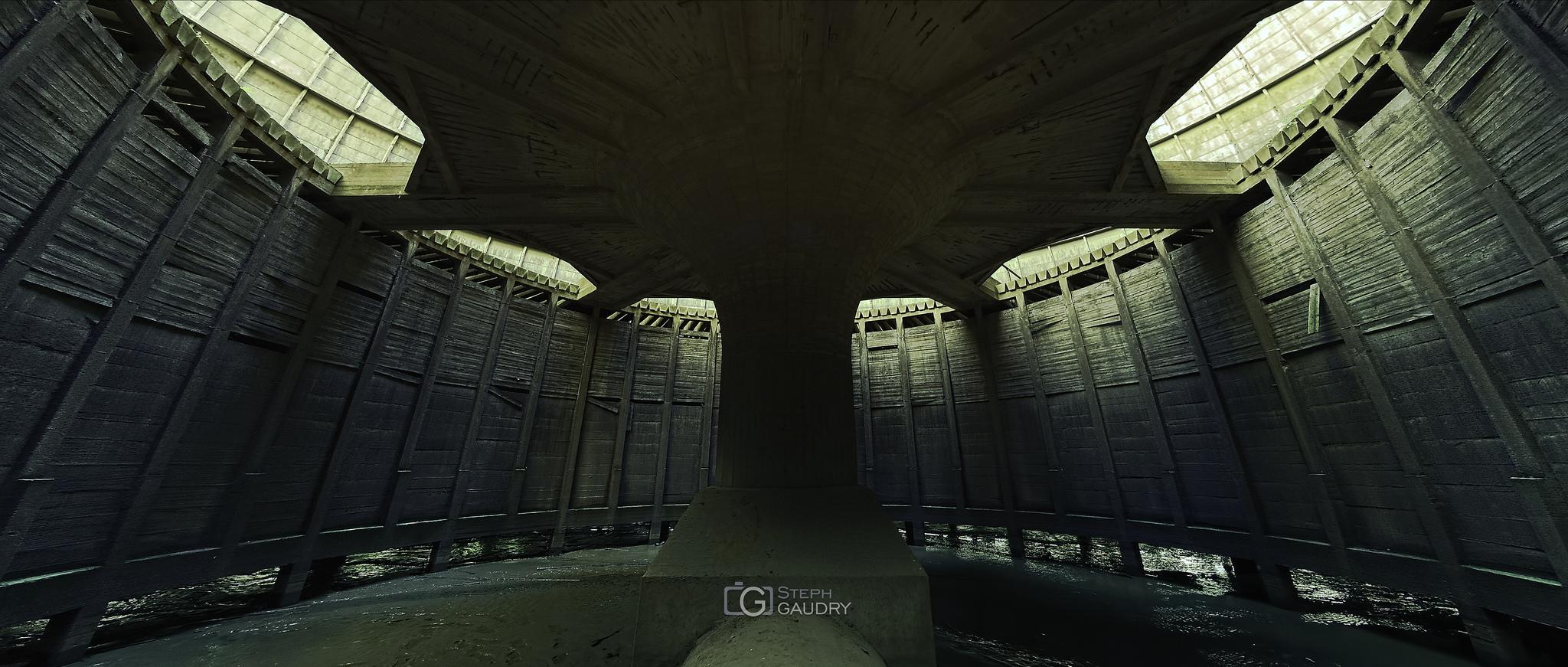 Under the death star - cinemascope [Cliquez pour lancer le diaporama]
