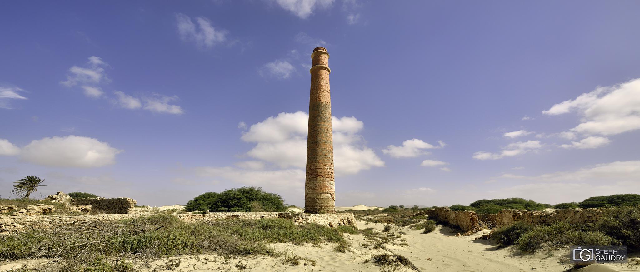 Ruines d'une ancienne fabrique de briques [Cliquez pour lancer le diaporama]