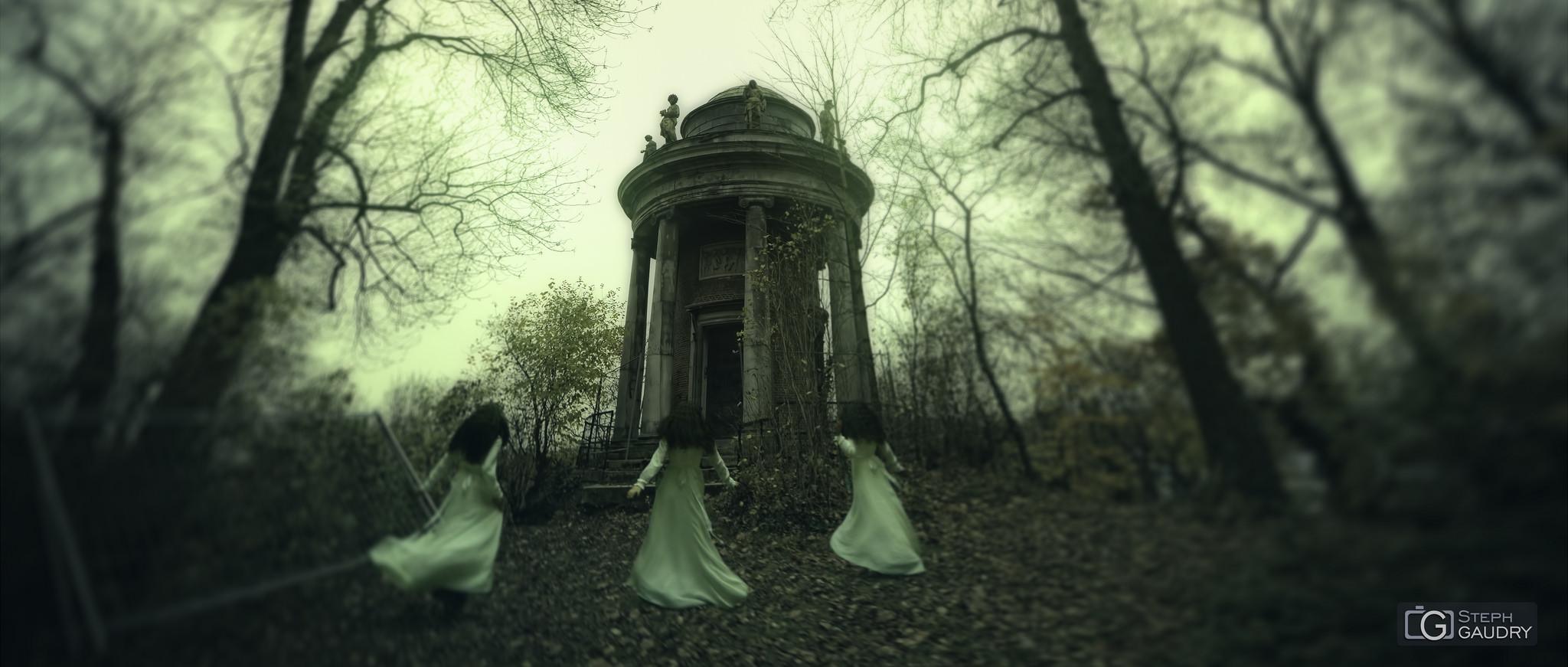 Les filles de Kronos - cinemascope [Click to start slideshow]