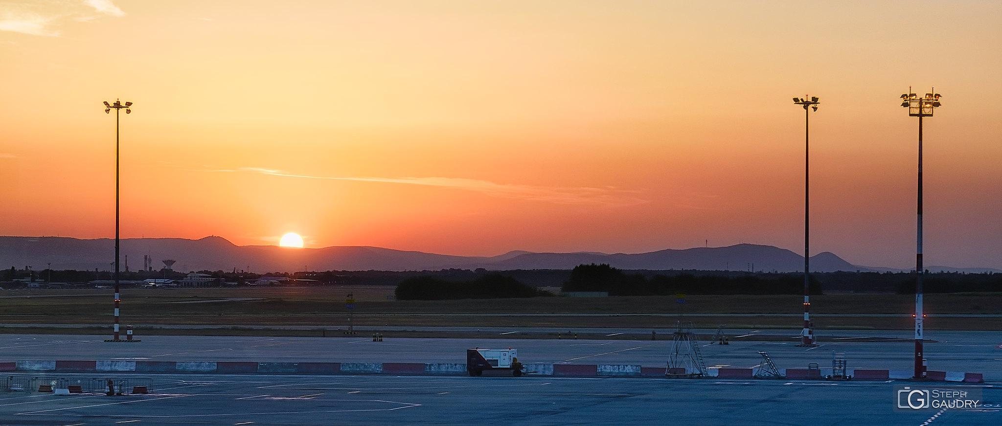 LHBP - Budapest Ferenc Liszt International Airport [Cliquez pour lancer le diaporama]