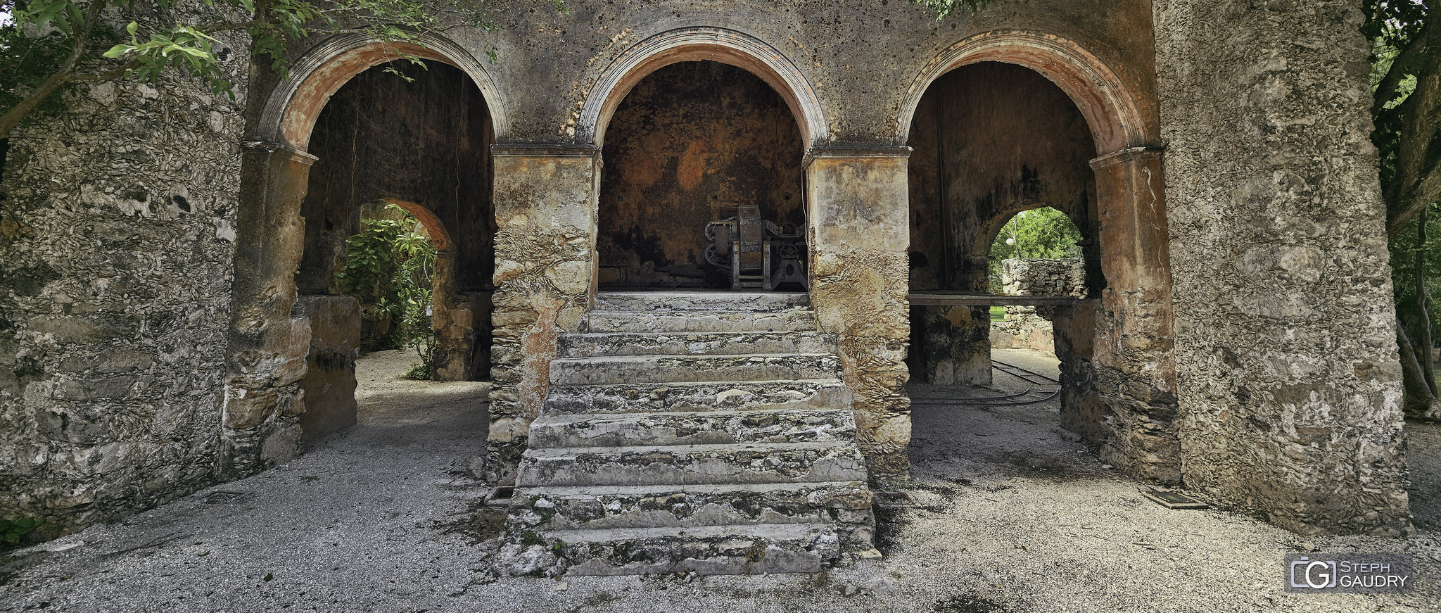 Ancienne hacienda et plantation d'agaves [Cliquez pour lancer le diaporama]