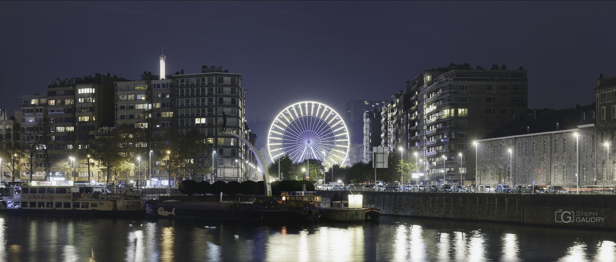 La grande roue de la foire à Liège [Klik om de diavoorstelling te starten]