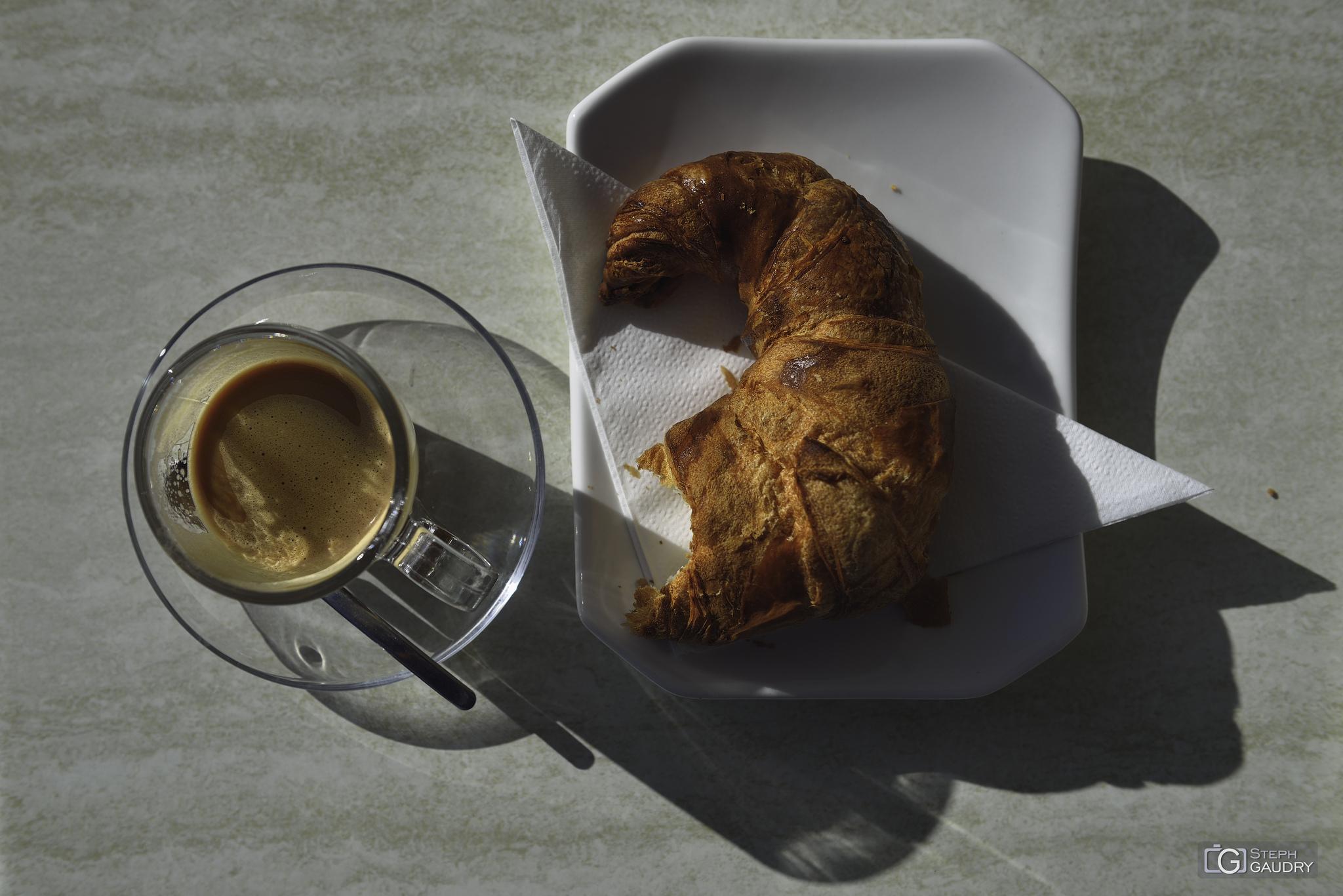 Sunny breakfast [Cliquez pour lancer le diaporama]