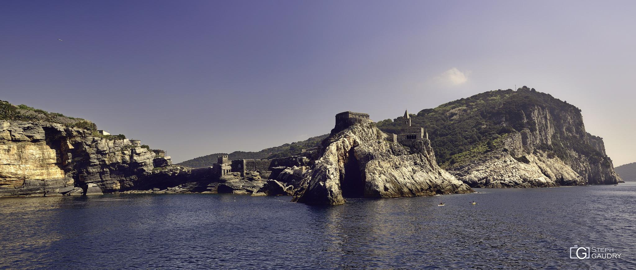 Porto Venere - Chiesa di San Pietro - panorama [Click to start slideshow]