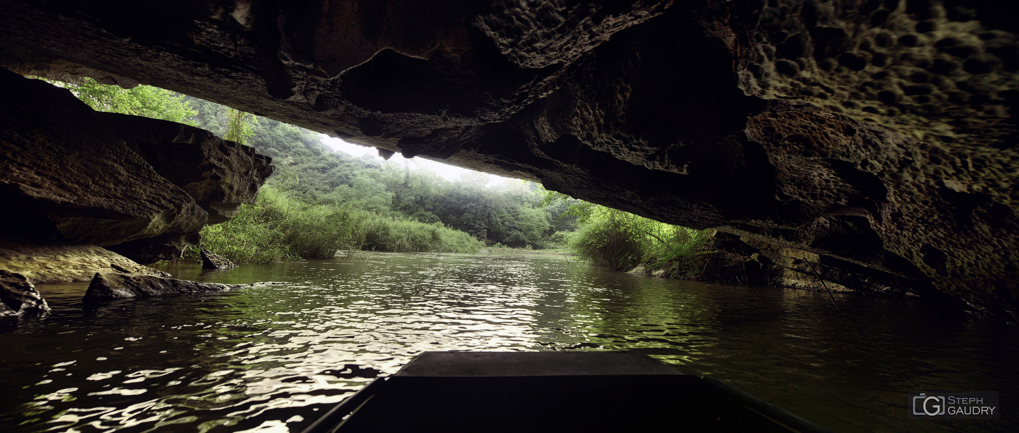 Grottes Tam Coc, et la rivière Ngo Dong (Ninh Binh)