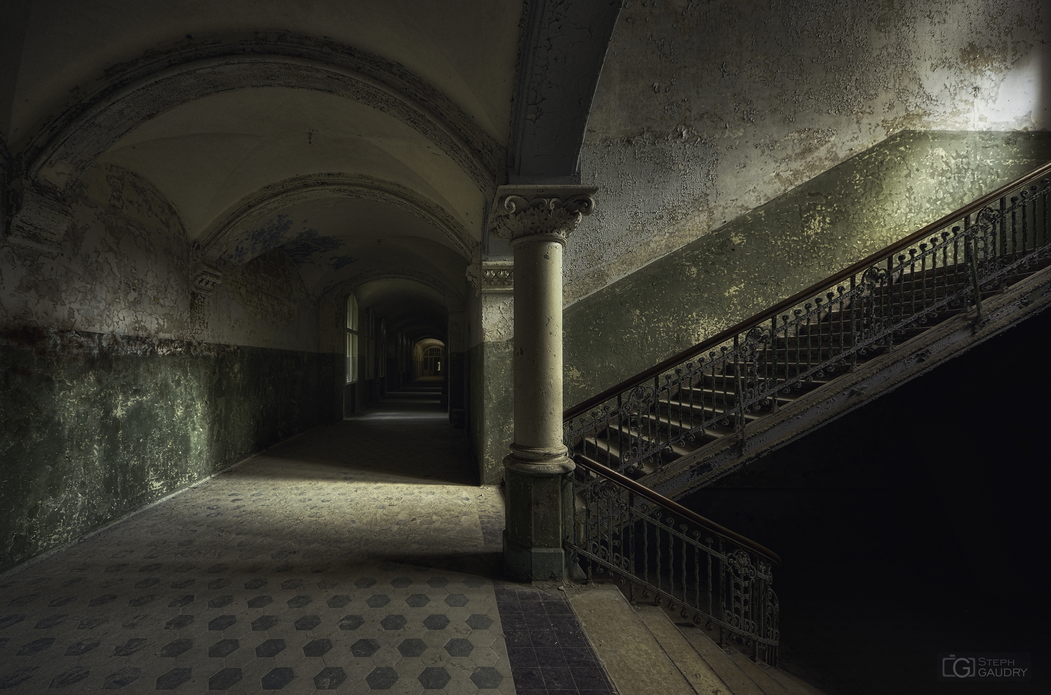 Beelitz, the beauty of decay [Klik om de diavoorstelling te starten]